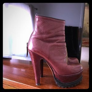 Amazing couture Azzedine Alaia boots!!!❤️❤️❤️
